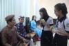 Học sinh tìm hiểu các nhạc cụ dân tộc